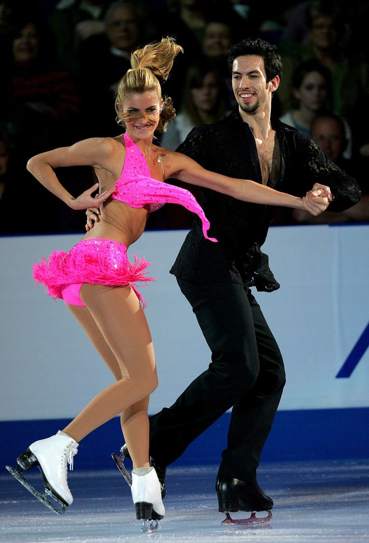 Tanith Belbin and Benjamin Agosto perform in an exhibition during the State  Farm US Figure Skating Championships January 2007 at Spokane Arena in  Spokane, ...