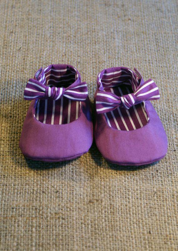 Tuxe Baby Shoes  PDF Pattern  Newborn to 18 di littleshoespattern, $4.50