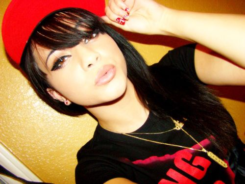 pretty mexican girls with swag and snapbacks oldd