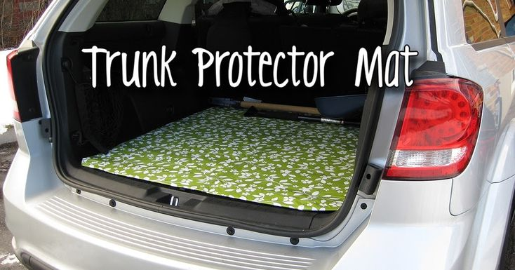Today we are making a Trunk Protector Mat!  We're  finally getting snow in Toronto and the stroller gets pretty messy with the snow and salt...