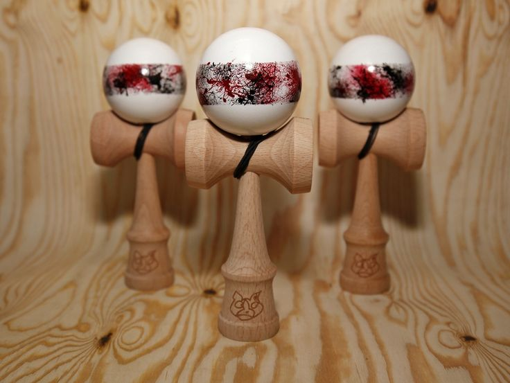Full Beech DWI kendama painted by SOURMASH. Splatter Stripe Maroon with a white background. Each tama is unique and quite sticky. Comes with DWI Beech Ken, 2 ken lab Maroon satin strings, DWI dama bag and a couple of stickers. Only 10 made. *** Kendamas come UN STRUNG because I bubble wrap the tamas so they don't get damaged. If you would like me to string it up please LEAVE A NOTE in the paypal messages section****