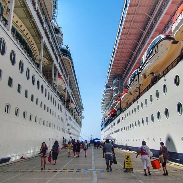 📸: Cruise ships for days on the port of Kusadasi, Turkey 🛳⚓️  www.thegirlswhowander.com  #thegirlswhowander #CelebrityCruises #celebrity #mediterranean #kusadasi #turkey #cruise #cruiselife #photography #travel #instatravel