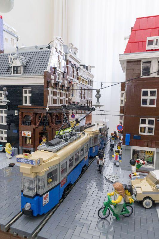 In Amsterdam Expo op de Zuidas opent ...
