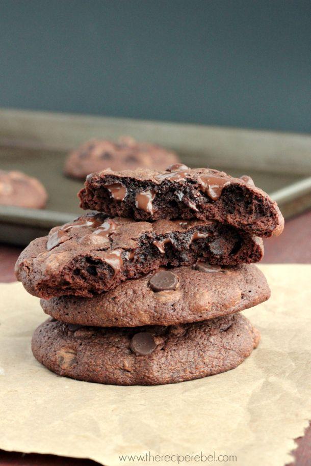 Heartbreak Chocolate Truffle Cookies #recipe #ValentinesDay #cookies