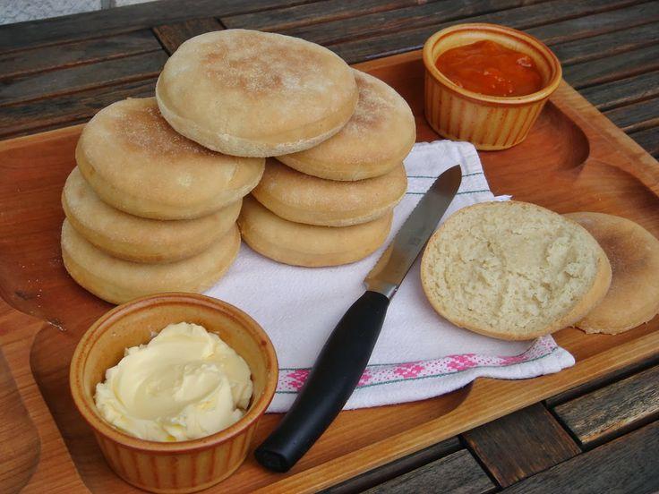 Nem vagyok mesterszakács: Vajas-omlós reggeli zsemle /English muffin másképp