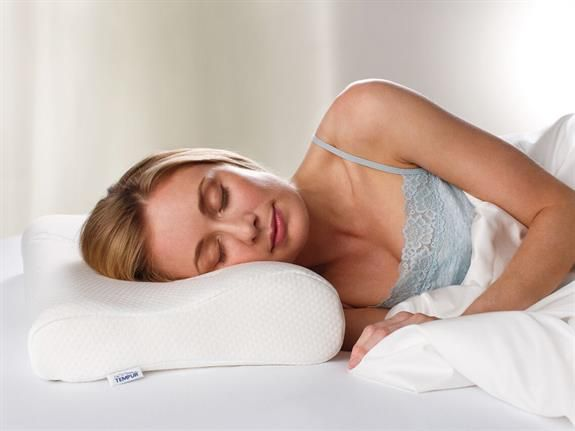 TEMPUR Queen Original Neck Pillow