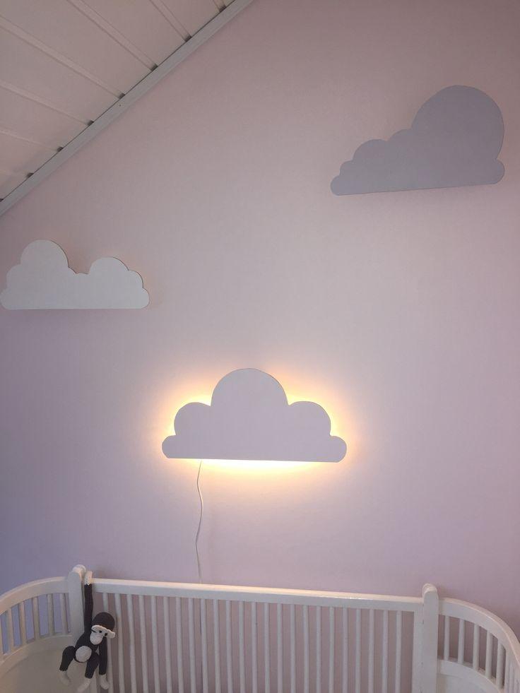 sky, skyer, skylampe, DIY skylampe, DIY, krea, kreativ, gør det selv, børn, børnværelse, børneværelset, budgetvenlig, MamaWise, Mamawisedk, baby, babyværelse