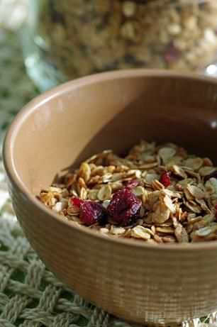 Down to Earth Granola Weight Watchers - 3 pts per 1/3 c. (I cut down the dried fruit to 1c.)