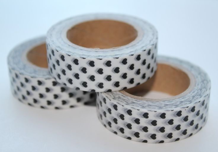 Masking tape wit met zwarte hartjes  from studio Stationery www.pippikokel.nl