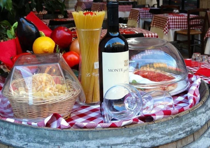 Delicious Lunch in Rome | What to do in a rainy day in Rome - the Eternal City