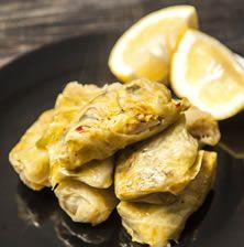 Στα ποντιακά ονομάζονται «καρτόφι» που σημαίνει λαχαναοντολμάδες από πατάτα. Μπορεί να μην έχουν κιμά είναι όμως πραγματικά πεντανόστιμοι!!