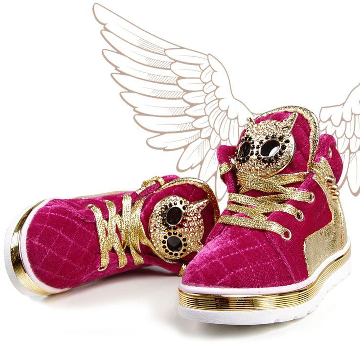 Тhe New kids street style -Junona Shoes! Ме, myself and my ....shoes!  Ново! Едно страхотно ново предложение!  Детски обувки Junona!  Купи сега > http://junonastore.com/bg/detski-obuvki-1167.html Налични размери 26-31 номер.