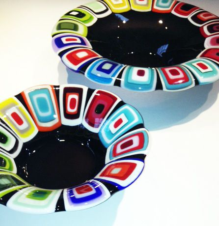 Glass bowls: Transparent Grey. 40 and 30 cm in diameter. By the danish designer and artist Louise Lagoni.