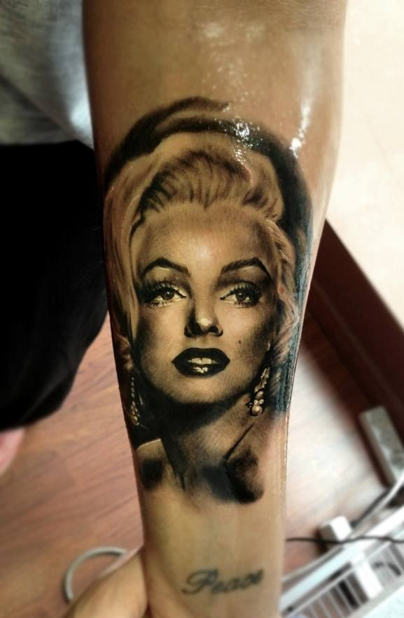 Tattoo by Line Mariëlle Kloosterman at Iron & Ink Studio in Vejle, Denmark