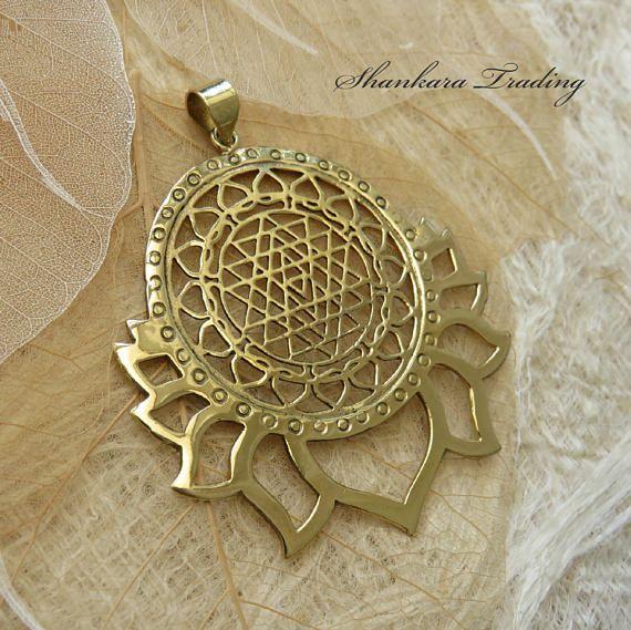 Sri Yantra pendentif bijoux de géométrie sacrée pendentif
