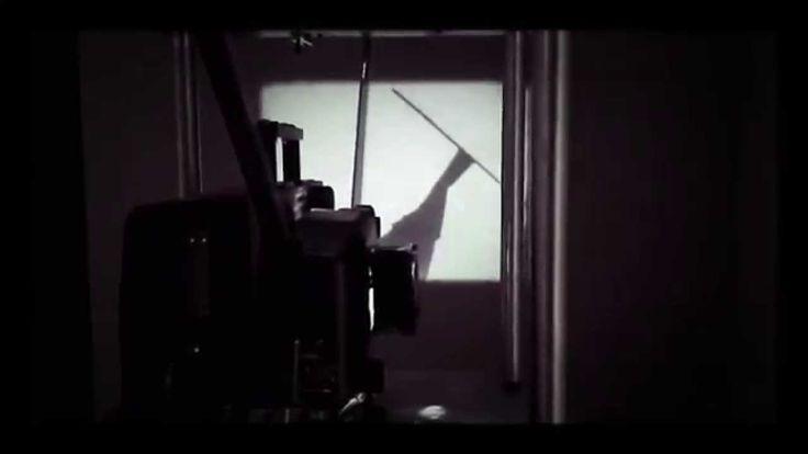 """""""Shadow for a While"""" de Mircea Cantor"""