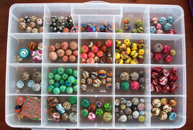 How to Make Polymer Clay Beads FOR BEGINNERS.  Lots of tips and pictures.  #Polymer #Clay #Tutorials