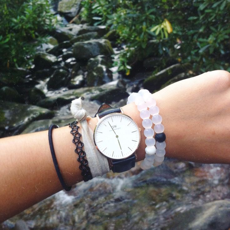 hiking! #danielwellington #livelokai | use code 'QUYNHXNH' for 15% off at danielwellington.com :) (valid for first 50 customers!) @DW_Watches