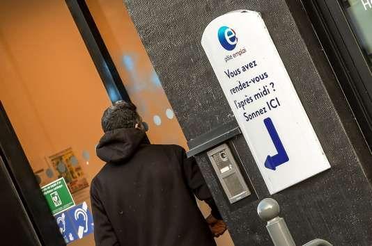 #Economie: Le taux de chômage français descend sous la barre des 9 %  http://curation-actu.blogspot.com/2018/02/economie-le-taux-de-chomage-francais.html