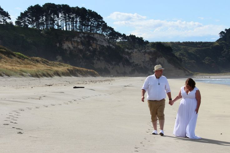 Plus size beach wedding