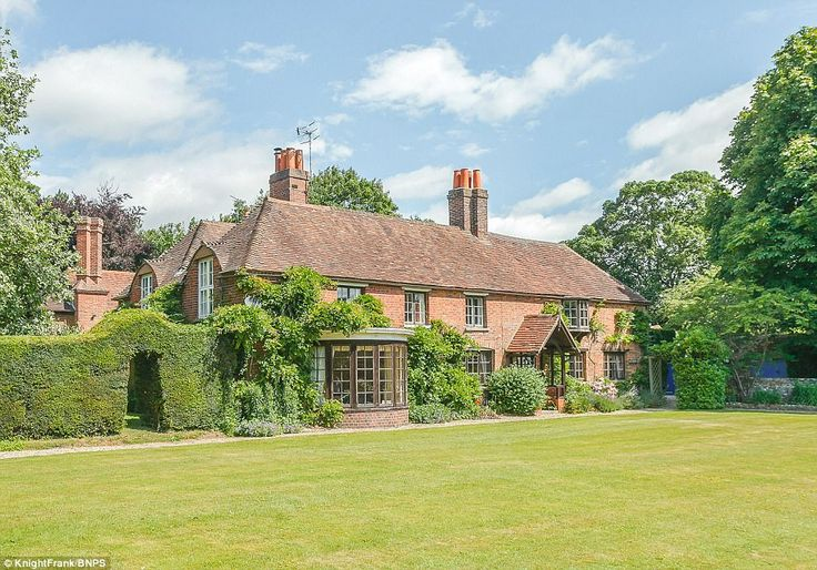 Peppard Cottage in Rotherfield Peppard, Oxfordshire, was one of the stars of the 1992 film...