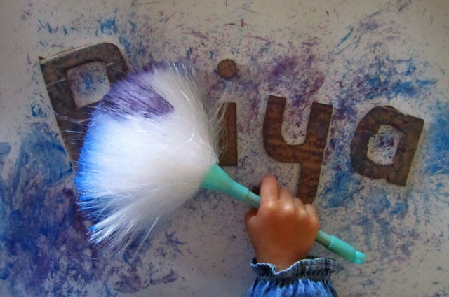 Duster Name Painting: Idea, Name Paintings, Names, Duster Painting, Art And Crafts, Ceilings, Arts And Crafts, Kid