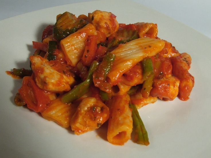 Tender Chicken and pasta with vegetables in a tomato sauce Cornish born Chef & writer Mike Darracott  http://www.chefmikedarracott.com/chef-mike-darracott-blog-page/4582-Tender-Chicken-and-pasta-with-vegetables-in-a-tomato-sauce-recipe