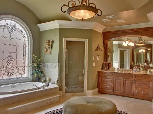17 best images about beautiful bathrooms on pinterest for Huge master bathroom