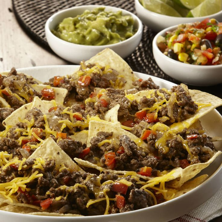 Learn to make Nachos Grande Supreme. Read these easy to follow recipe instructions and enjoy Nachos Grande Supreme today!