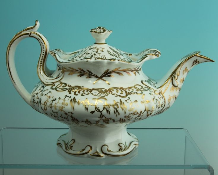 Antique English Porcelain Teapot circa 1835