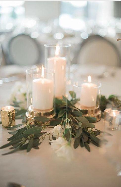 Rustikales Grün gesät Eukalyptus und Kerze Hochzeit Herzstück Ideen #Hochzeiten
