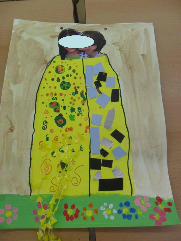 Tapa d'àlbum de p5 del Petó de Klimt  Foto, pintura, gomets, fil , cartolines i el fons aigua amb cola cao. Cedida per Maria Rosa Calderón.