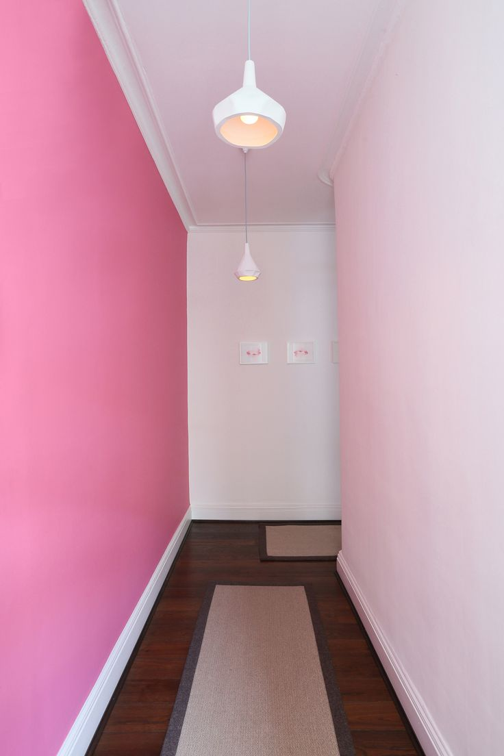 Lampade a soffitto Like Paper, disegnate da Miriam Aust & Sebastian Amelung /// Like Paper Ceiling Lamp, designed by Miriam Aust & Sebastian Amelung • Foto James Cameron