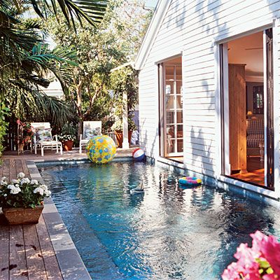 I`d take a running leap from the living room into this pool every day!