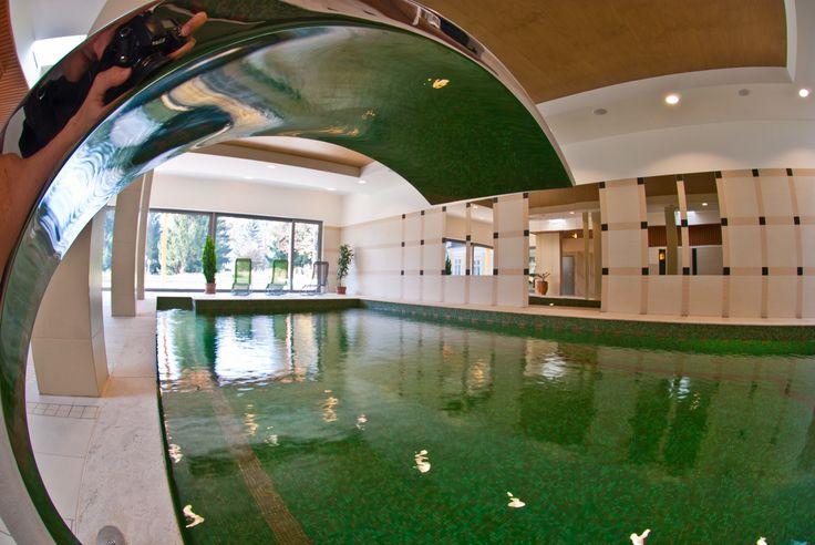 Fürdőház medencéje