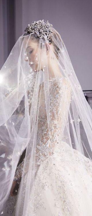 Εντυπωσιακό! Απίθανα προσκλητήρια γάμου σε λευκό χρώμα στο www.lovetale.gr