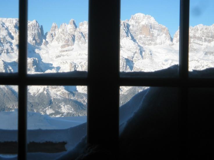 semplicemente stando seduti e guardar fuori dalla finestra!