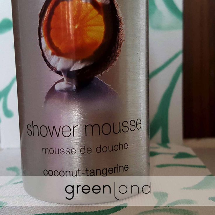 Mmmm the soft textures of the shower mousse, like you are covering your body with whipped cream #Texture #Mousse #Greenlandbodycare #Showermousse #Coconuttangerine