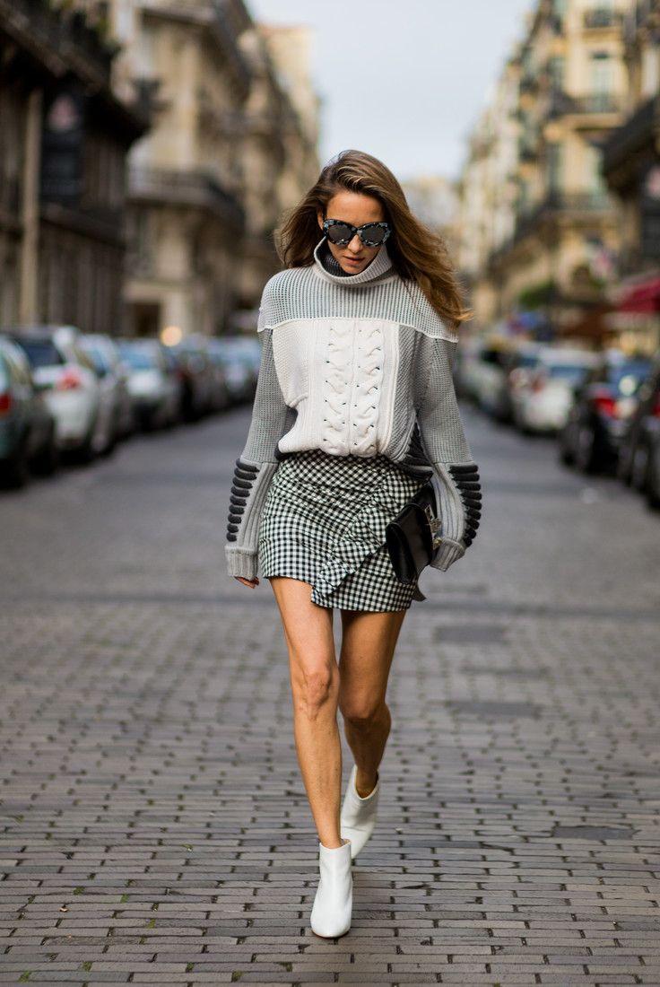 Как разнообразить осенние look'и: берем пример с гостей показов в Милане и Париже : Гостья Недели моды в Париже / фото 2