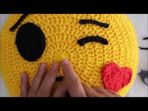 Emoticon Chorando de Alegria Parte 1 - YouTube