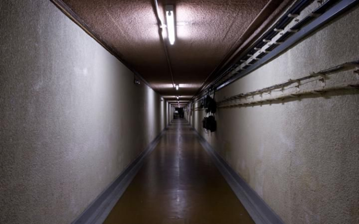 The nuclear bunker PHOENIX is based at in Type X.