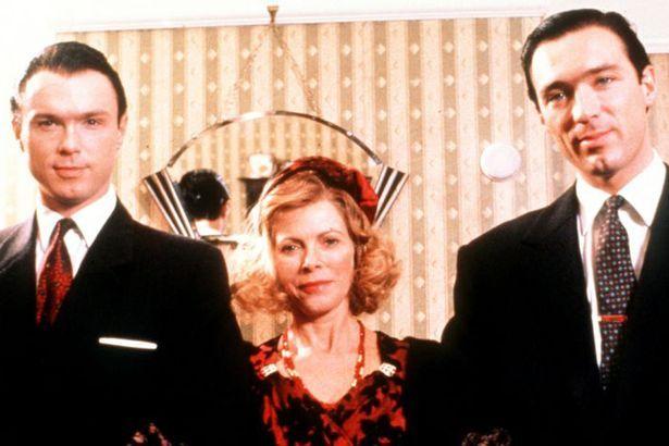 The Krays - Gary Kemp, Billie Whitelaw & Martin Kemp as Ronnie and Reggie Kray and their mum Violet