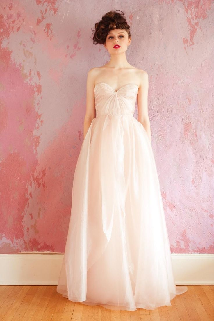 Sarah Seven Blushing Wedding Dress. Sarah Seven Blushing Wedding Dress on Tradesy Weddings (formerly Recycled Bride), the world's largest wedding marketplace. Price $828.4...Could You Get it For Less? Click Now to Find Out!