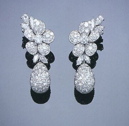 A PAIR OF DELICATE DIAMOND FLORAL EAR- PENDANTS, BY VAN CLEEF AND ARPELS