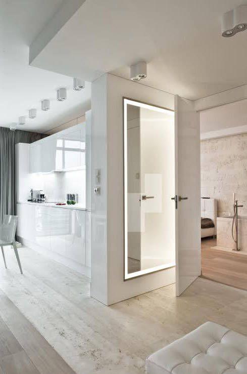 Apartament ze szklaną ścianą