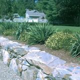 How To Build Retaining Walls With Natural Stone