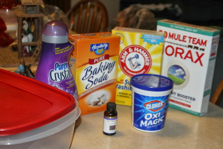 2.5 Gallon DIY Powdered Laundry Detergent.  About $20 for a year!  Easy and fast to make!  I use in my HE Washer and it cleans amazing and smells great!!! Homemade Powdered Laundry Detergent ~ Conservative Christian Mom