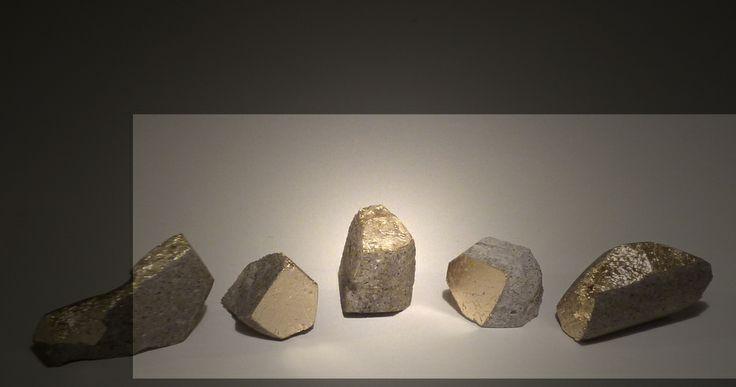 Samuele Bonomi,concrete, gold leave