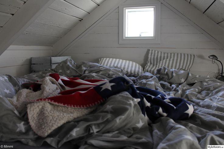loftsäng,jotex sänglinne,amerikansk pläd,chilli pläd,sovrum