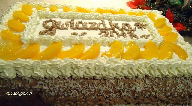 Domogród: Gwiazdkowy tort pychota z brzoskwiniami